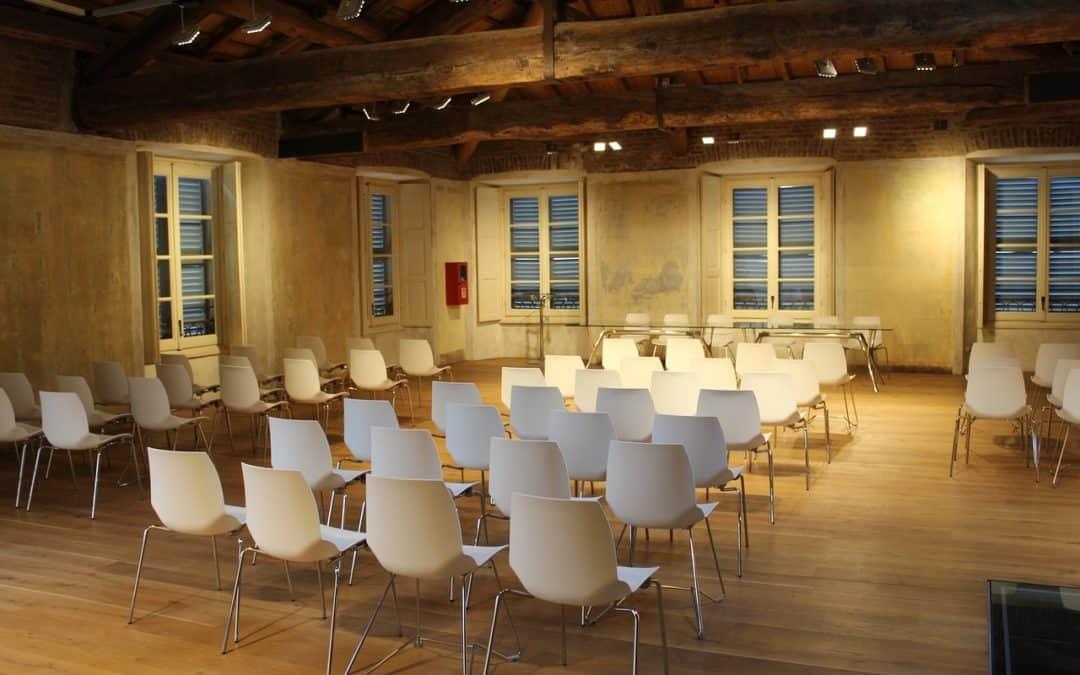 Lokale conferentie over eenzaamheid organiseren? Zo doet u dat.